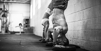 Hand Stand CrossFit Latina